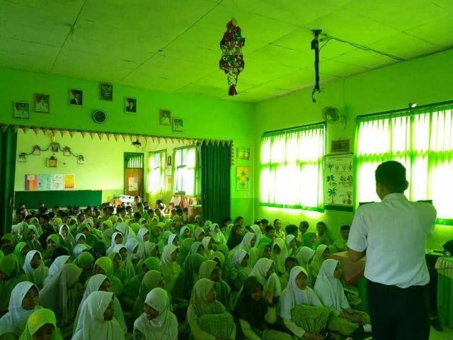 Sosialisasi Keselamatan Lalu Lintas, Dishub Pringsewu Kunjungi SDN 1 Pringsewu Selatan Kabupaten Pringsewu
