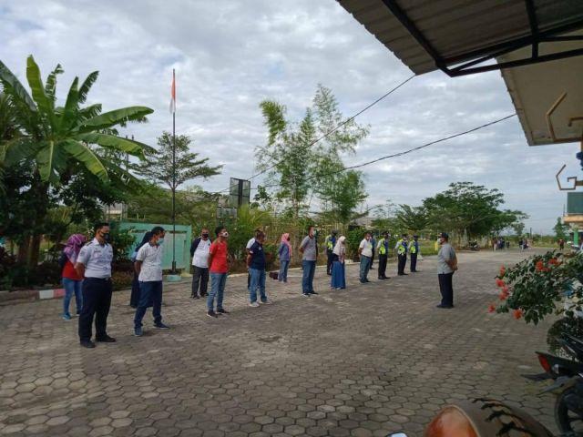 Apel Pagi dilanjukan Senam Bersama di lingkungan Dinas Perhubungan Kab. Pringsewu.